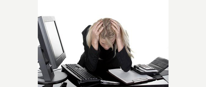 Le harcèlement au travail est une souffrance pour tous ceux qui le subissent.